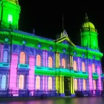 Hull_Maritime_Museum_illuminated_at_the_opening_event_for_Hull_City_of_Culture_2017_2